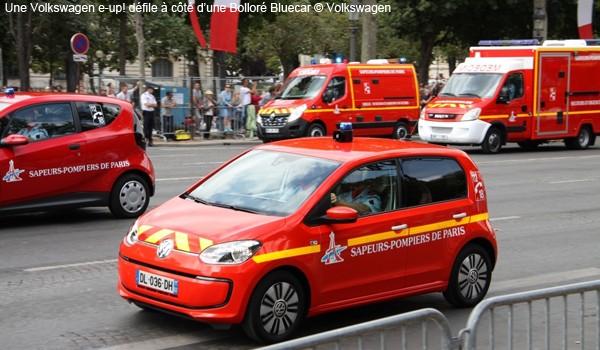 Bluecar Bolloré et e-Up! sur les Champs le 14 juillet