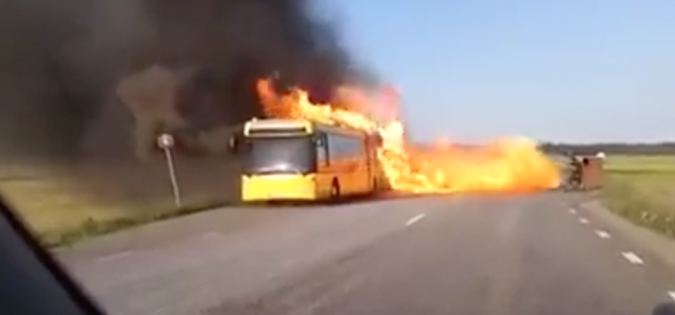 Feu de bus GNC Chili